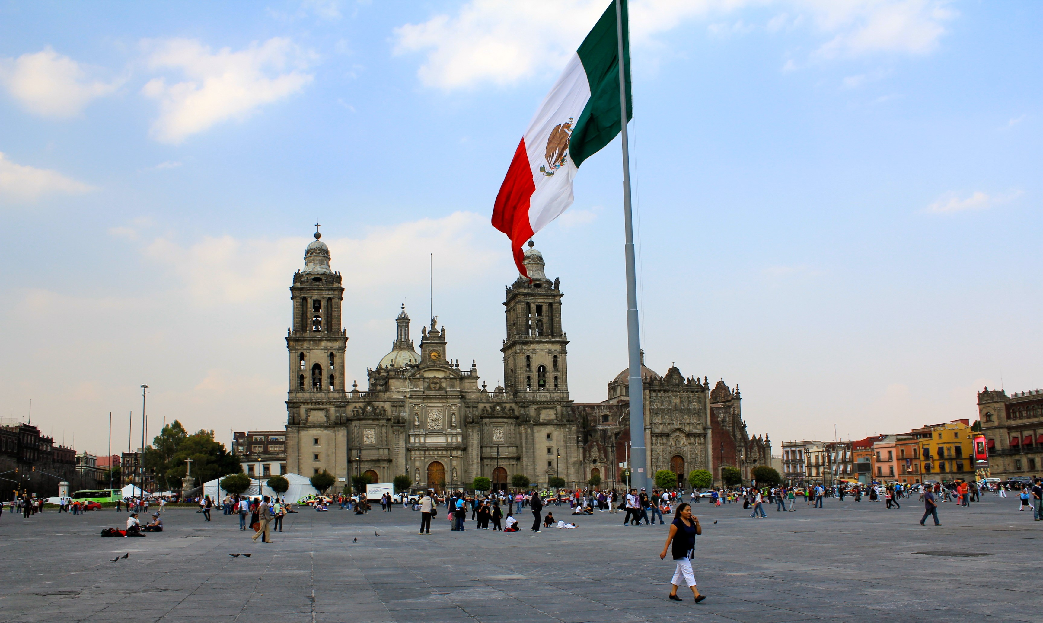 Crowdsourcing Benefits Zocalo Mexico