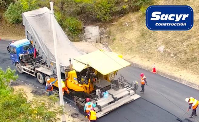 road pavement process under heavy rain